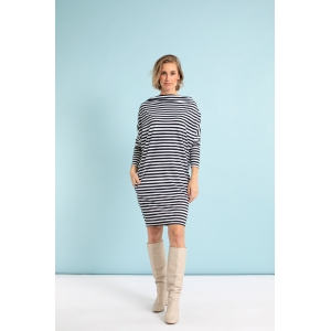 Studio Anneloes Laurie multiple ways to wear dress